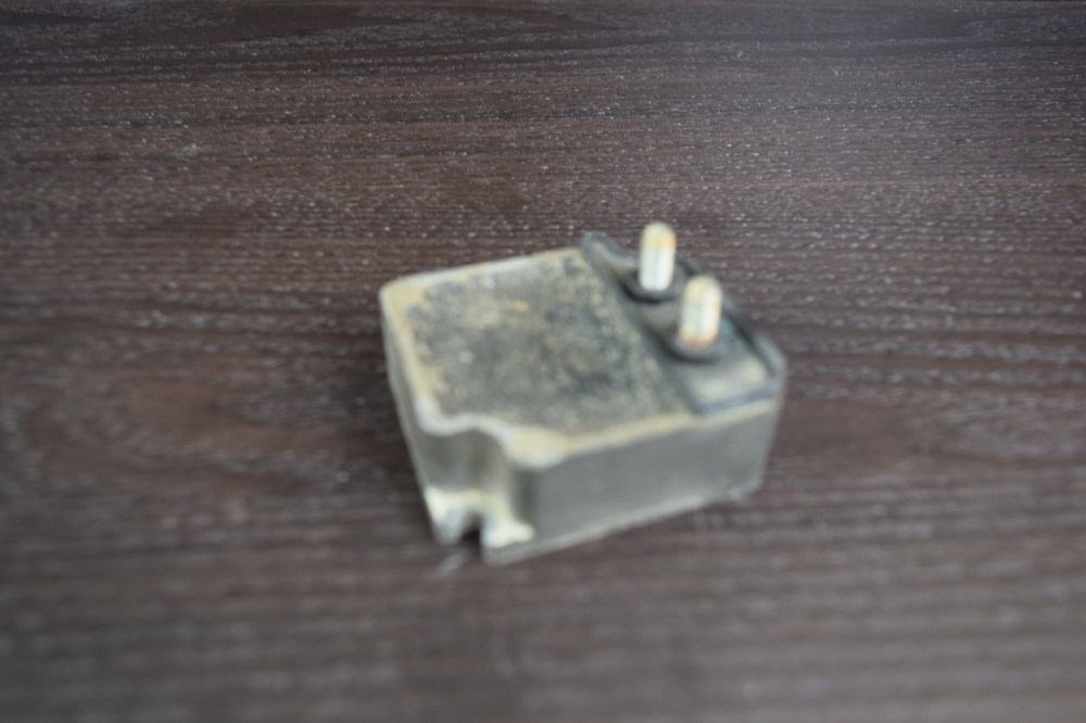 medium resolution of 1976 2007 mercury mariner voltage regulator 88825a7 135 150 175 200 220