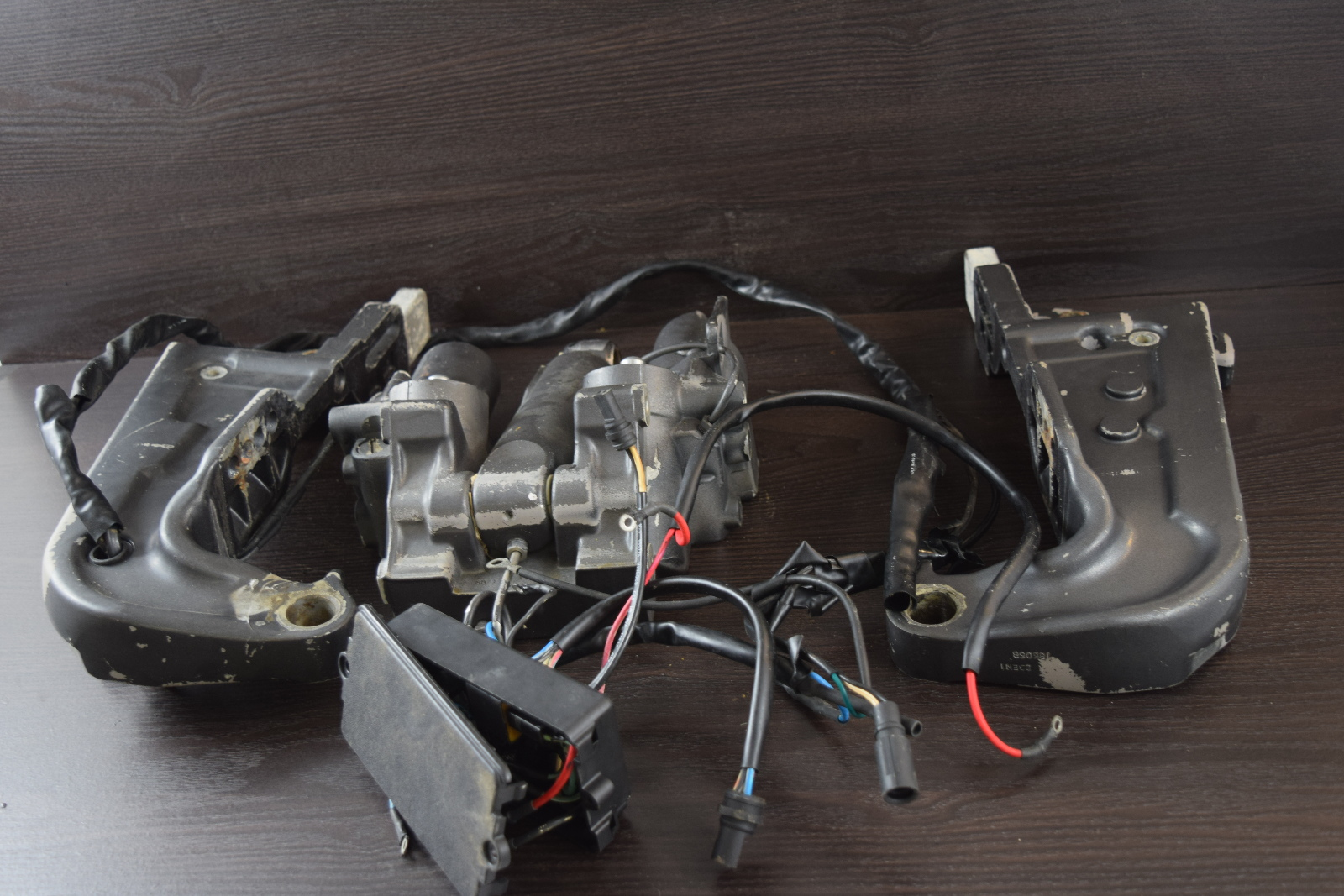 hight resolution of 1978 92 johnson evinrude omc crossfire power trim unit 60 235 hp southcentral outboards