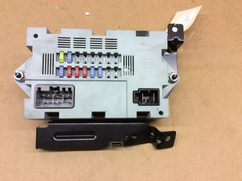small resolution of 2014 2015 jaguar f type fuse box c2d23644 ebay jaguar f type fuse box location jaguar f type fuse box