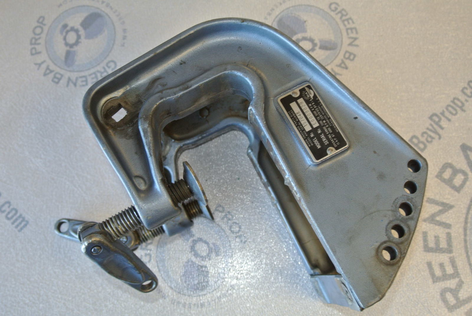 hight resolution of 327928 327929 10 15 hp evinrude johnson outboard motor stern transom bracket and clamps