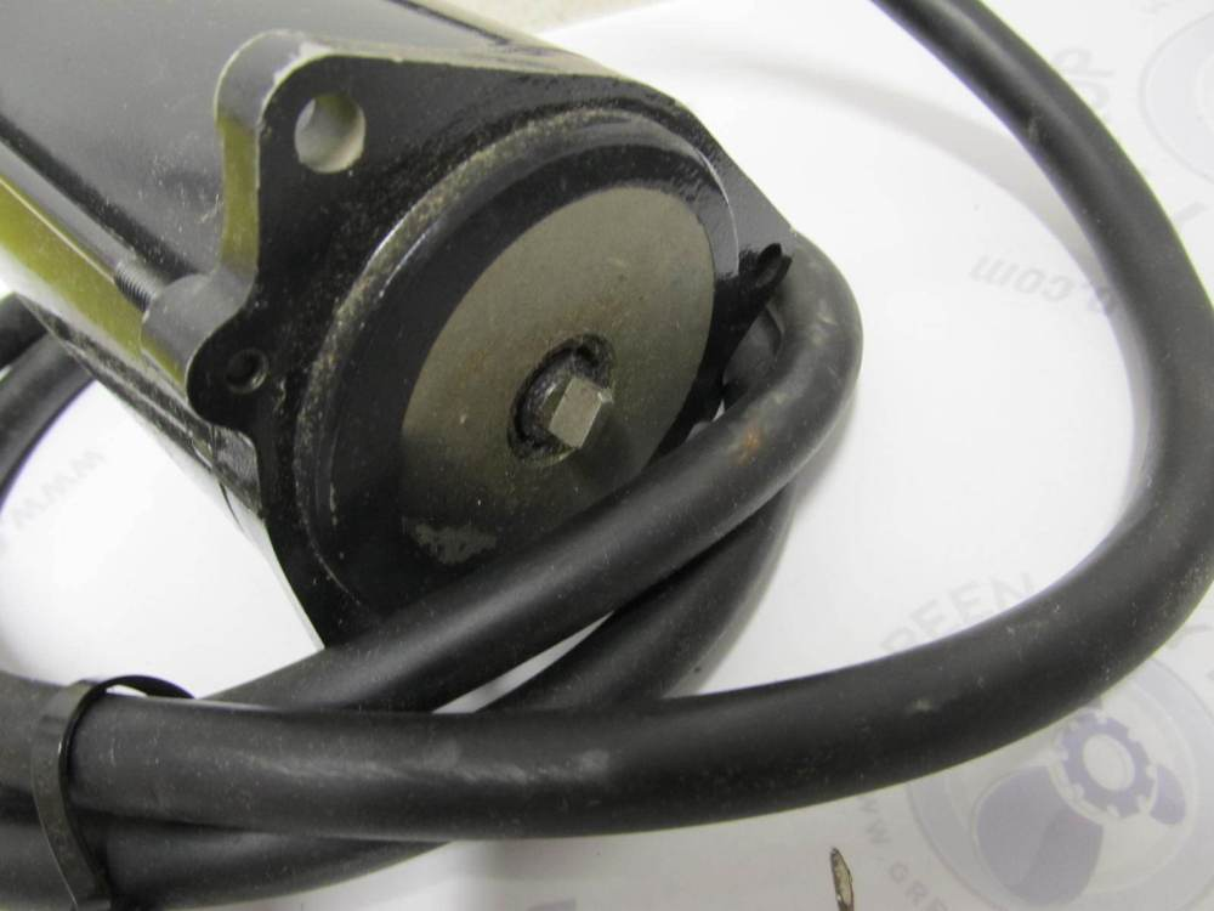 medium resolution of  0984356 984356 omc cobra trim tilt hydraulic pump motor 3 wire 2 3l 7 5l