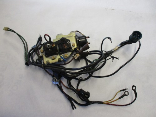 small resolution of omc stringer v8 chevy engine wire harness brackets solenoids greenomc stringer v8 chevy engine wire harness