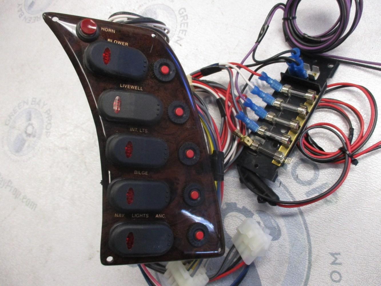 medium resolution of evinrude 150 wiring diagram basic electronics wiring diagram 12 volt fuse box 80 boat fuse box