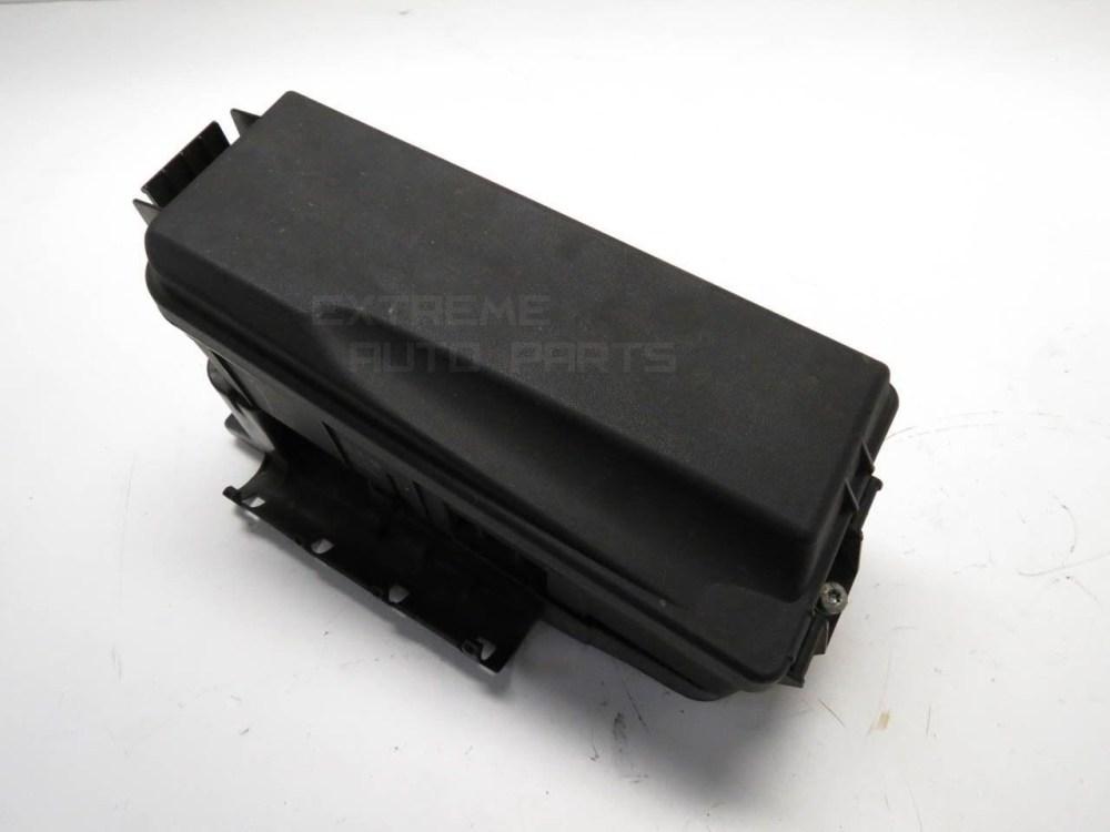 medium resolution of saab 9 3 sedan 03 05 under hood fuse relay box 2 0l 12800998 oem extreme auto parts