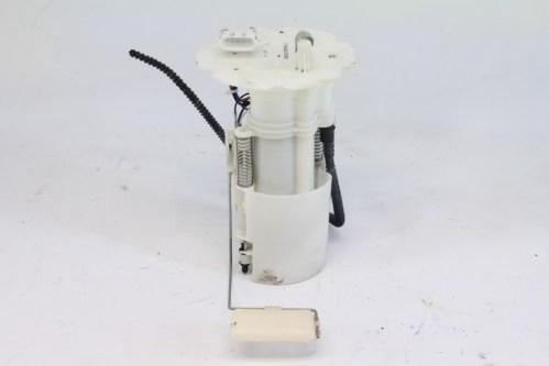 small resolution of nissan 350z 03 04 fuel filter gas pump 17040 cd000