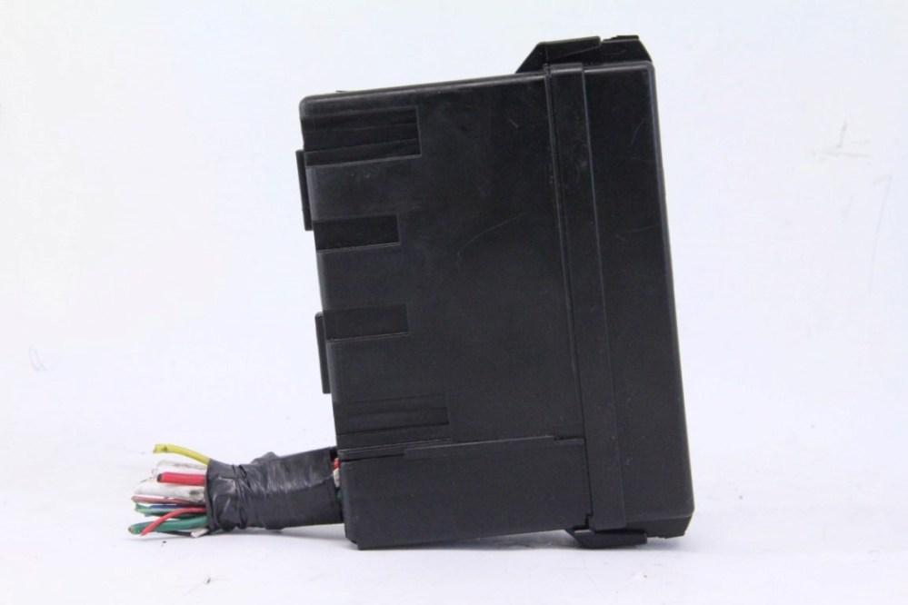 medium resolution of infiniti fx35 fx45 03 08 fuse relay block box unit