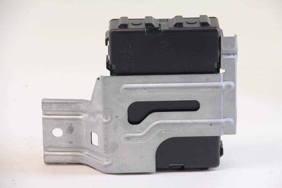 hight resolution of  infiniti g35 sedan 2003 2004 under dash fuse box 284b1 am600 factory oem