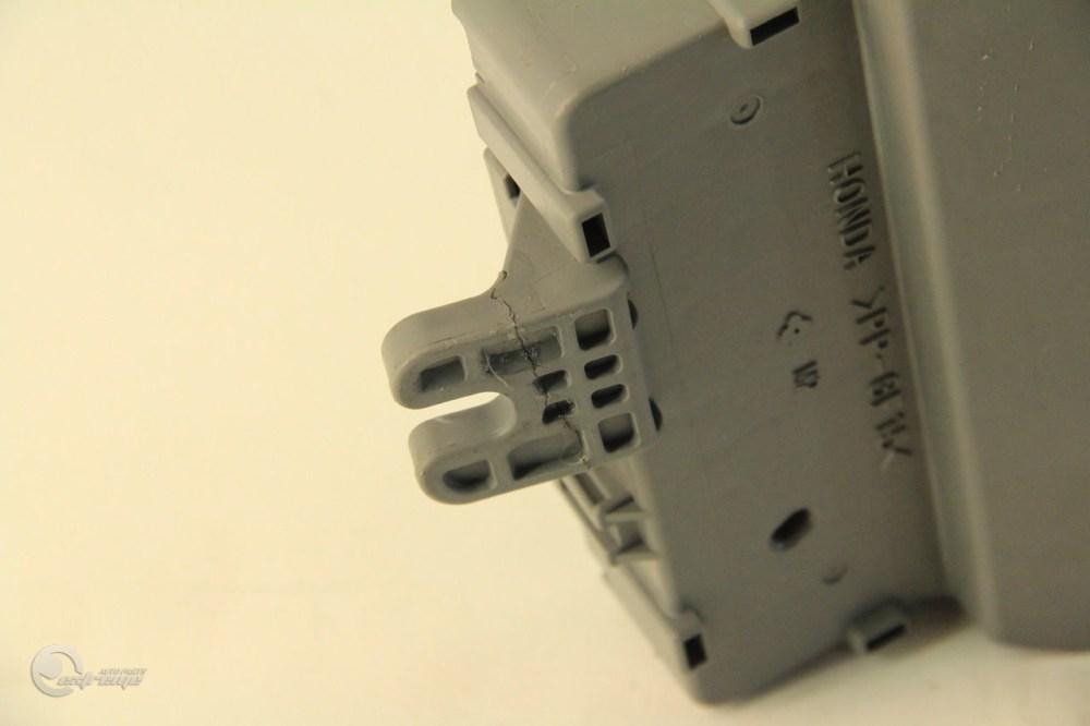 medium resolution of acura tsx 04 a t fuse box interior under dash control relay