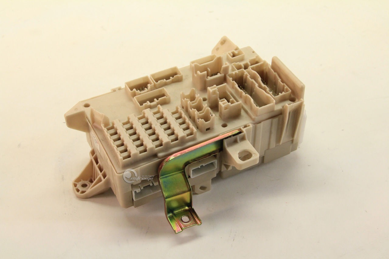 hight resolution of toyota camry 82730 06140 relay fuse box interior under dash 03 04 05 06