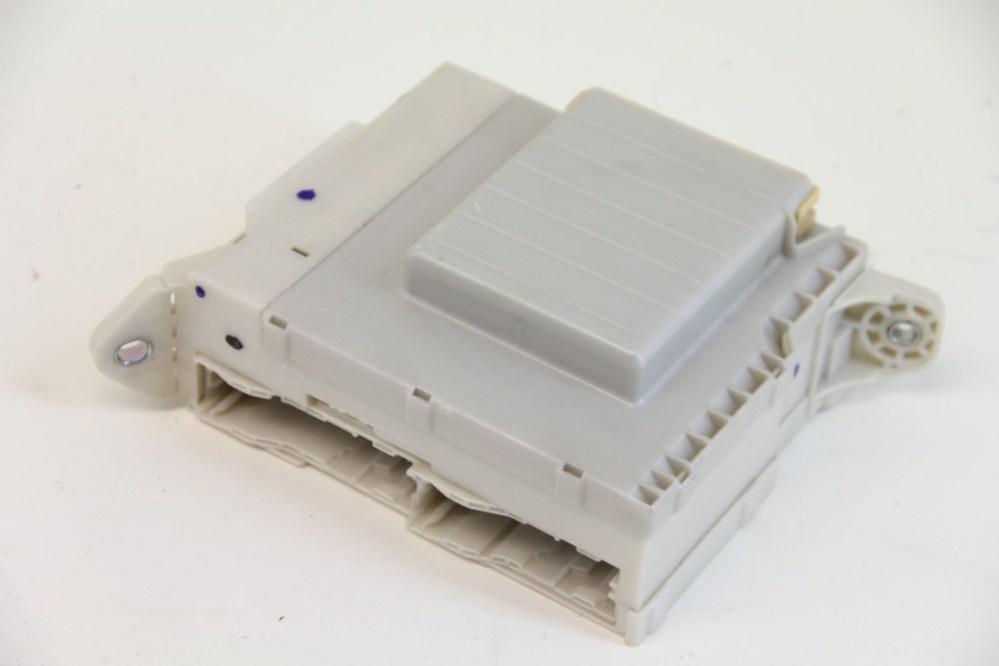 medium resolution of lexus gs350 fuse box block junction relay cowl 82730 30a52 oem 07