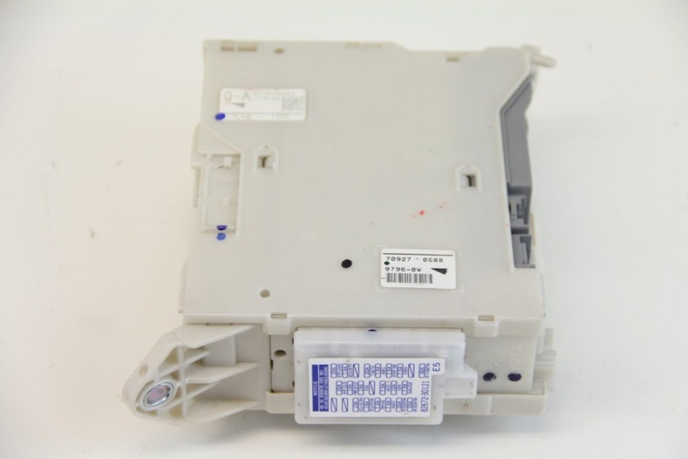 medium resolution of lexus gs350 fuse box block junction relay cowl 82730 30a52 oem 07