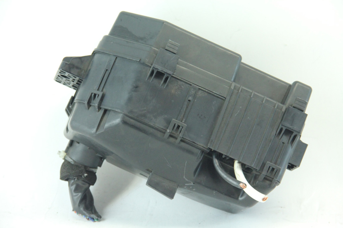 hight resolution of honda accord coupe 08 12 2 4l a t under hood main wire harness fuse 2004 honda