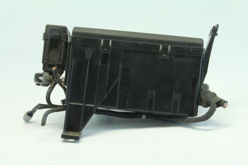 medium resolution of toyota 4runner 2004 exterior under hood fuse box 4 7l v8 cylinder a rh extreme auto