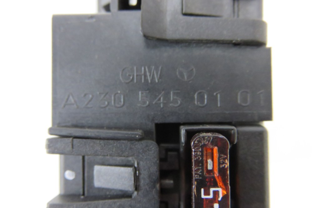 medium resolution of  mercedes r230 sl55 sl500 fuse box 2305450101 sl65 sl63