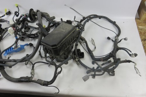 small resolution of 12 lexus gx460 wiring harness w fuse box engine room 82111