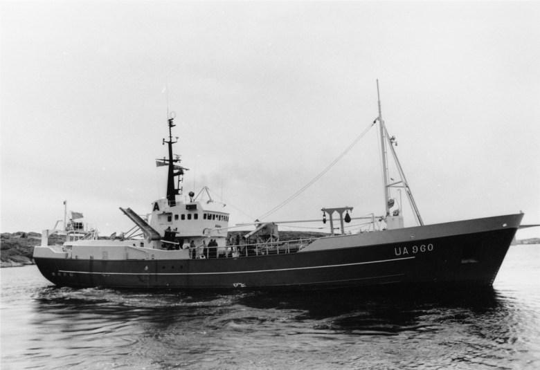 UA 960 Abba.