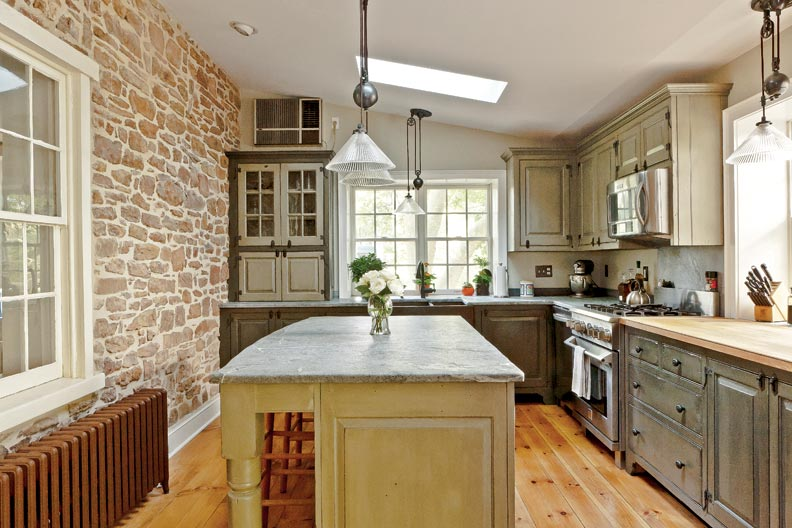 Traditional Trades: Period Kitchen Cabinets