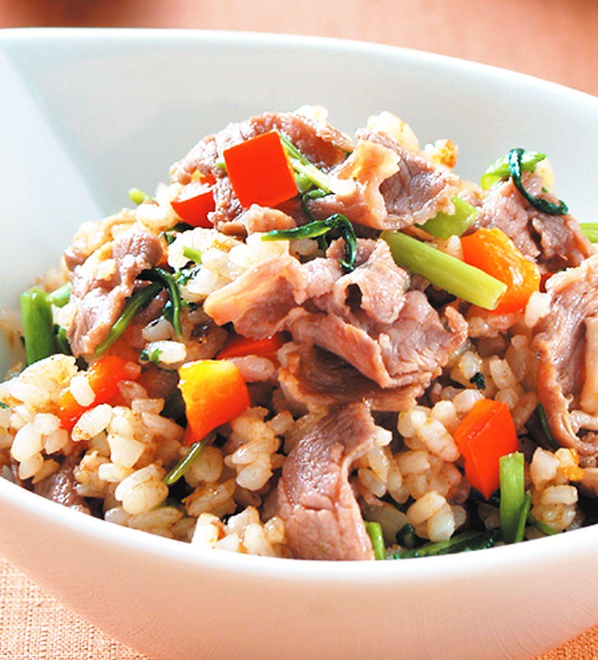 【食譜】沙茶羊肉炒飯:www.ytower.com.tw