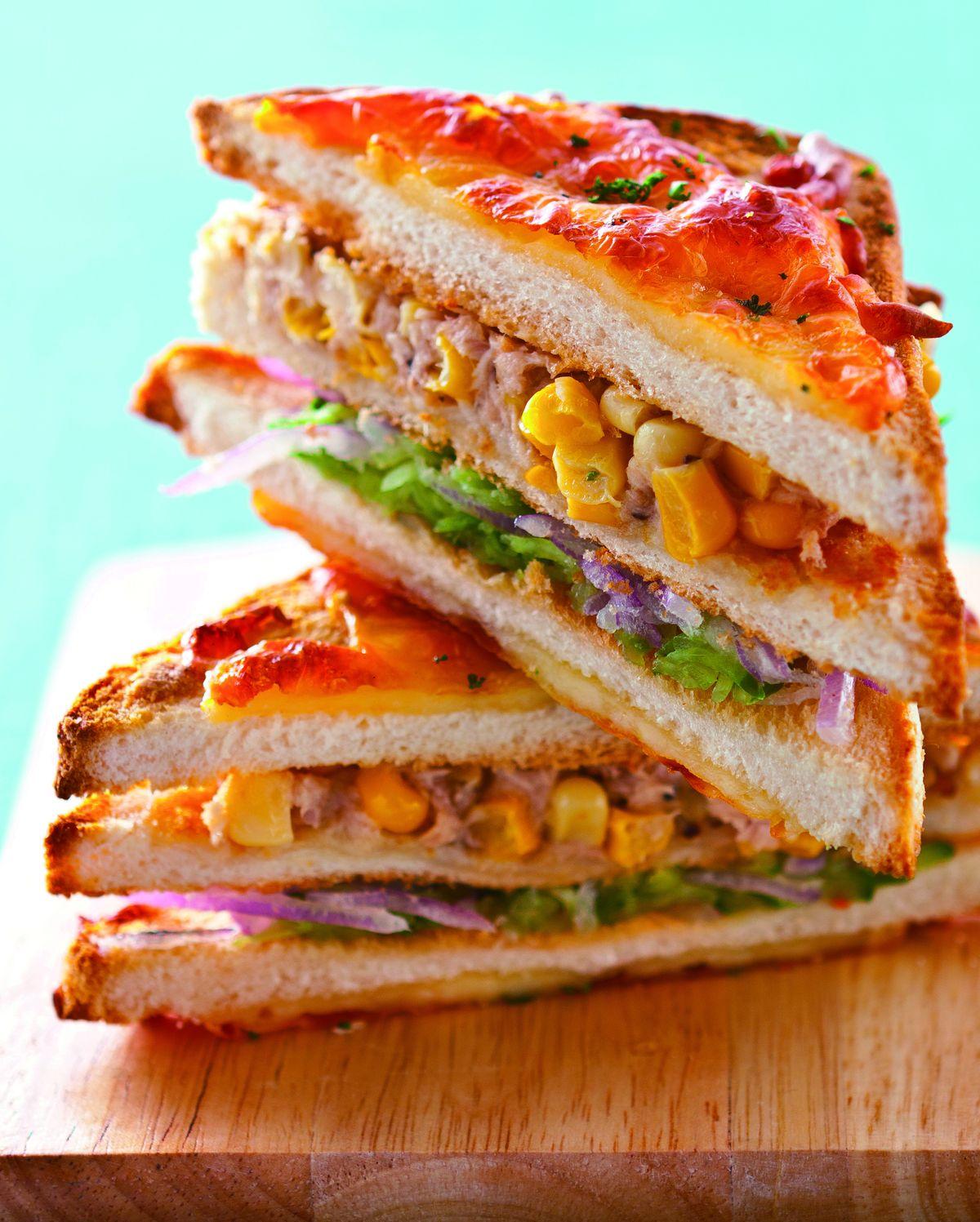 【食譜】焗烤鮪魚玉米三明治:www.ytower.com.tw
