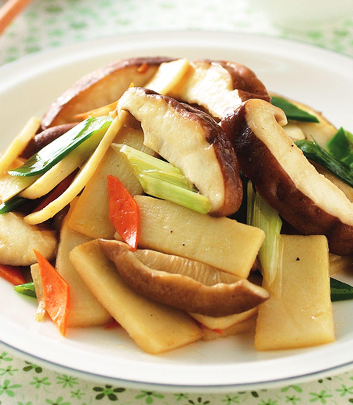 【食譜】筍片炒鮮香菇:www.ytower.com.tw