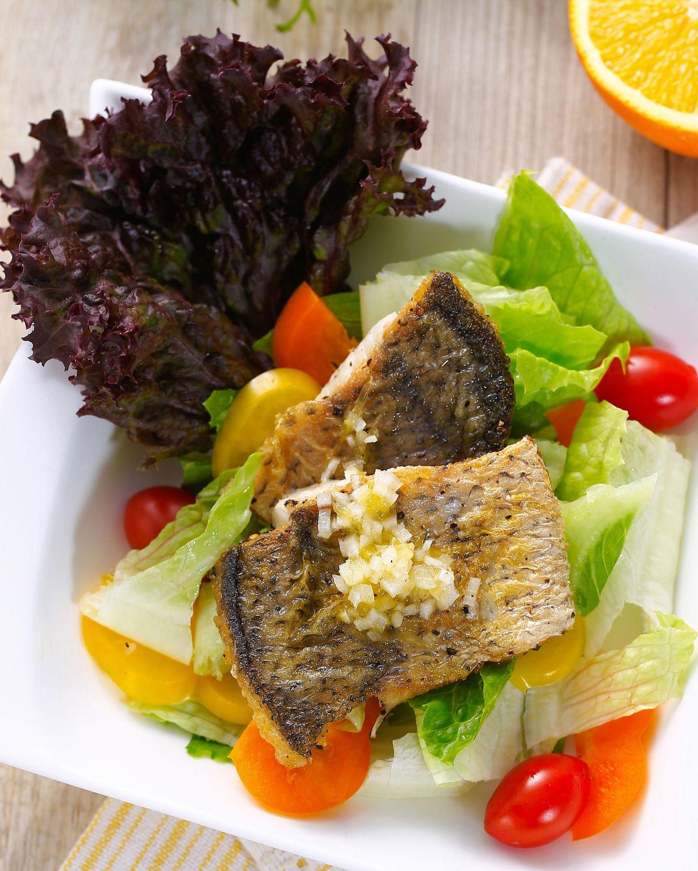 【食譜】煎鱸魚溫沙拉:www.ytower.com.tw