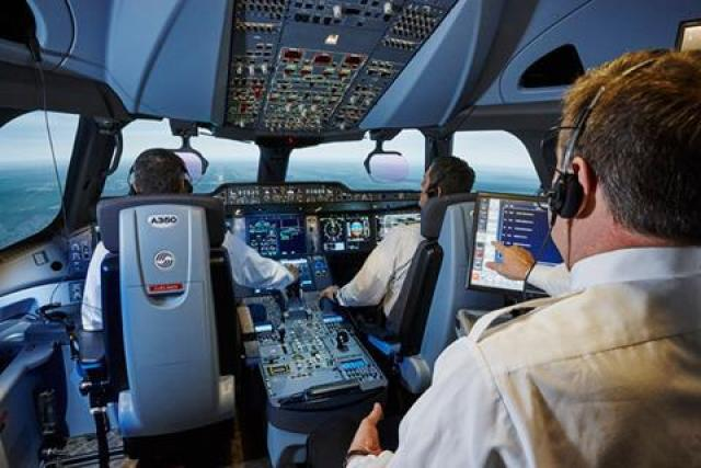CAE A350 simulator