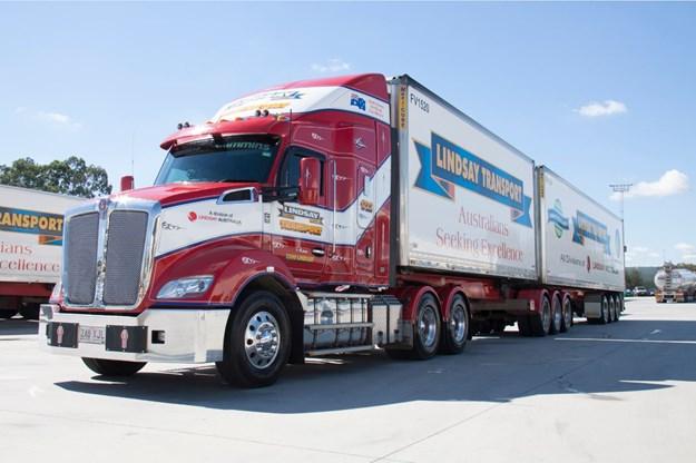 Lindsay Fresh Logistics Logo