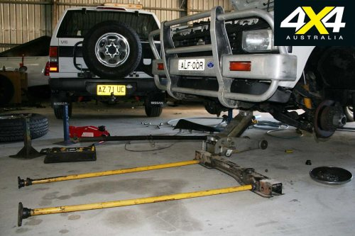 small resolution of with plenty of towing and bush work in its future i wanted to fit the tjm series 2000 torsion bars and four inch taller dobinson coils from my