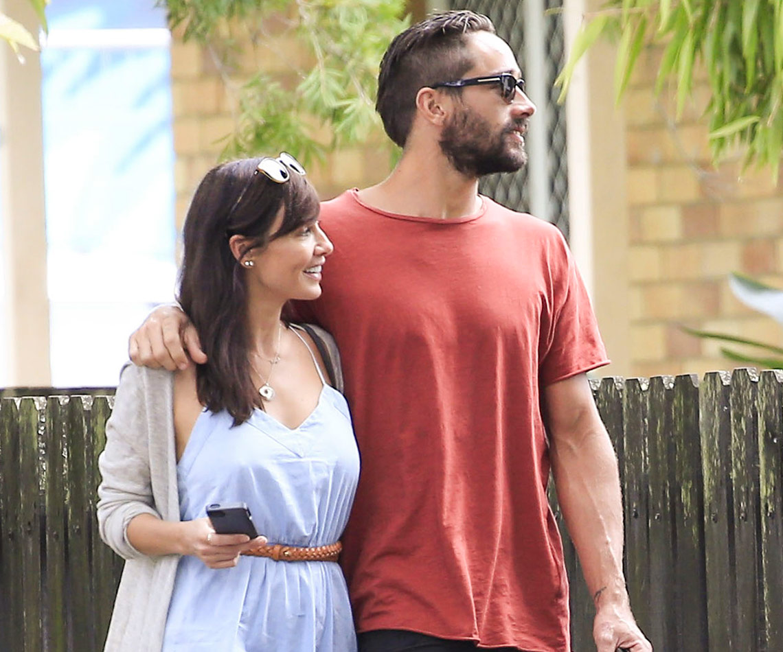 Natalie Imbruglia Cosies Up To Ryan Bienefelt Womans Day