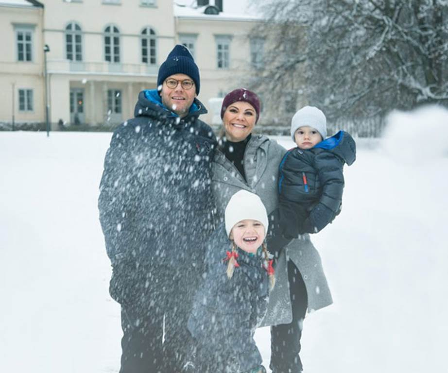 In 2017, Sweden's Princess Victoria and Prince Daniel traded in an annual Christmas card for a video. It showed the family, including their two kids Princess Estelle and Prince Oscar, playing in the snow outside Stockholm's Haga Palace.