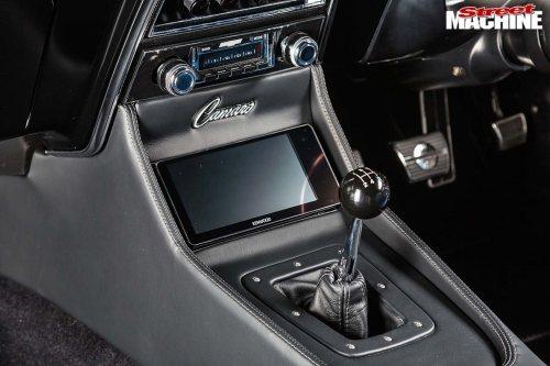 small resolution of chev camaro console