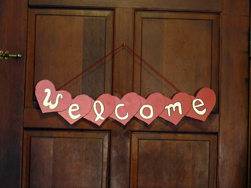 DIY Valentines Day Door Decor
