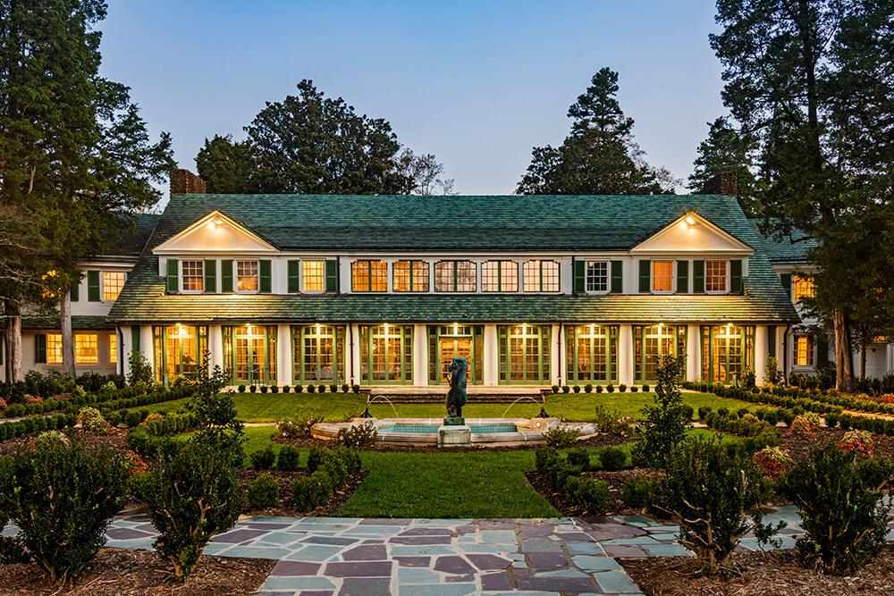 Winston-Salem Arts, Architecture & Historic Gardens Getaway