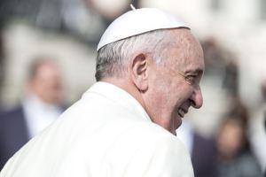 Rencontre et prière interreligieuses à Ur, en Irak : le pape François relativise les religions