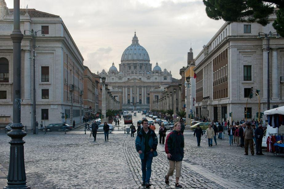Le Vatican s'oppose à un projet de loi italien pro-LGBT