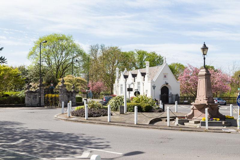 Dulwich-Village-knight-fran.jpg