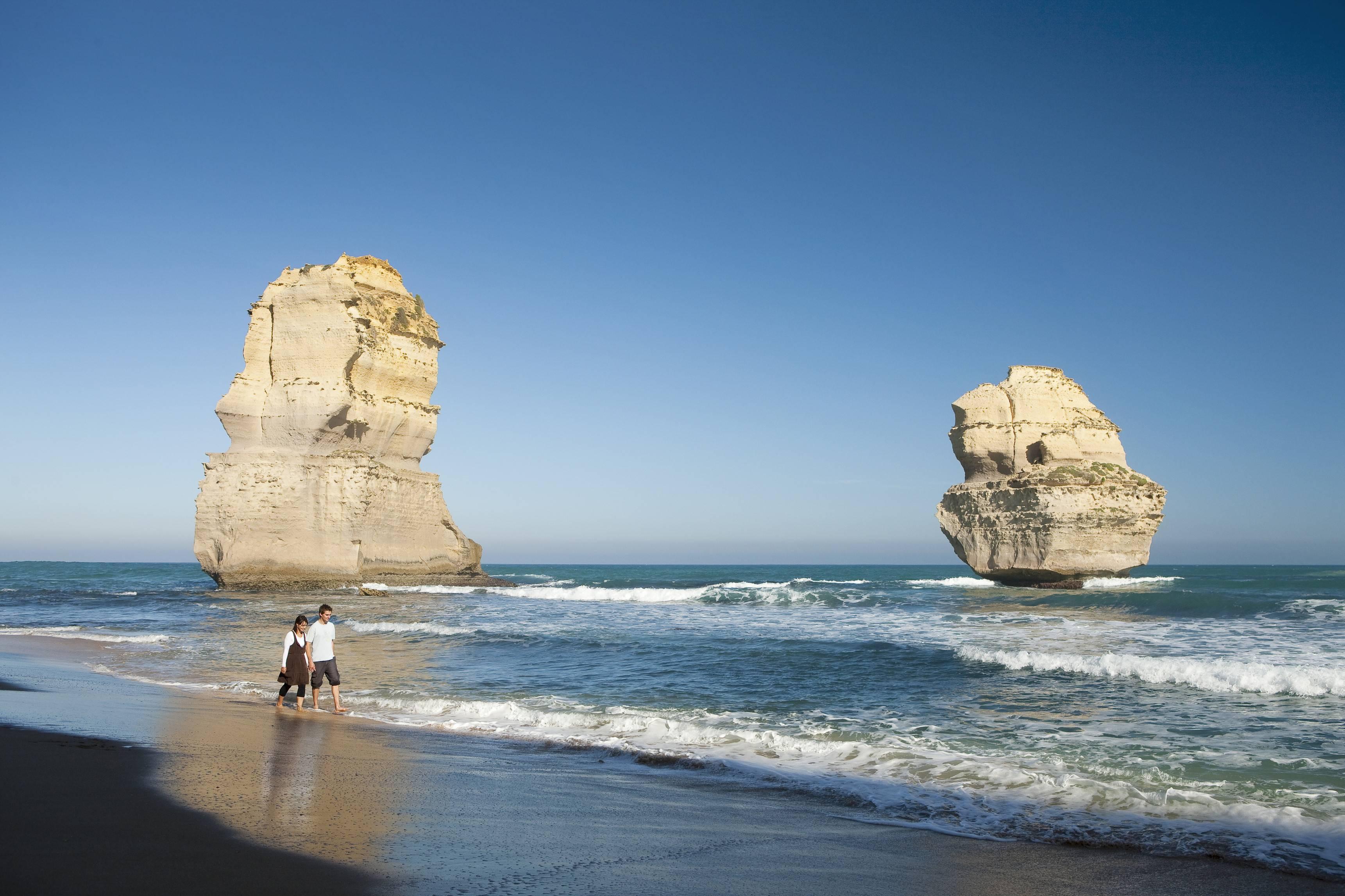 Great Ocean Road & Twelve Apostles Tour