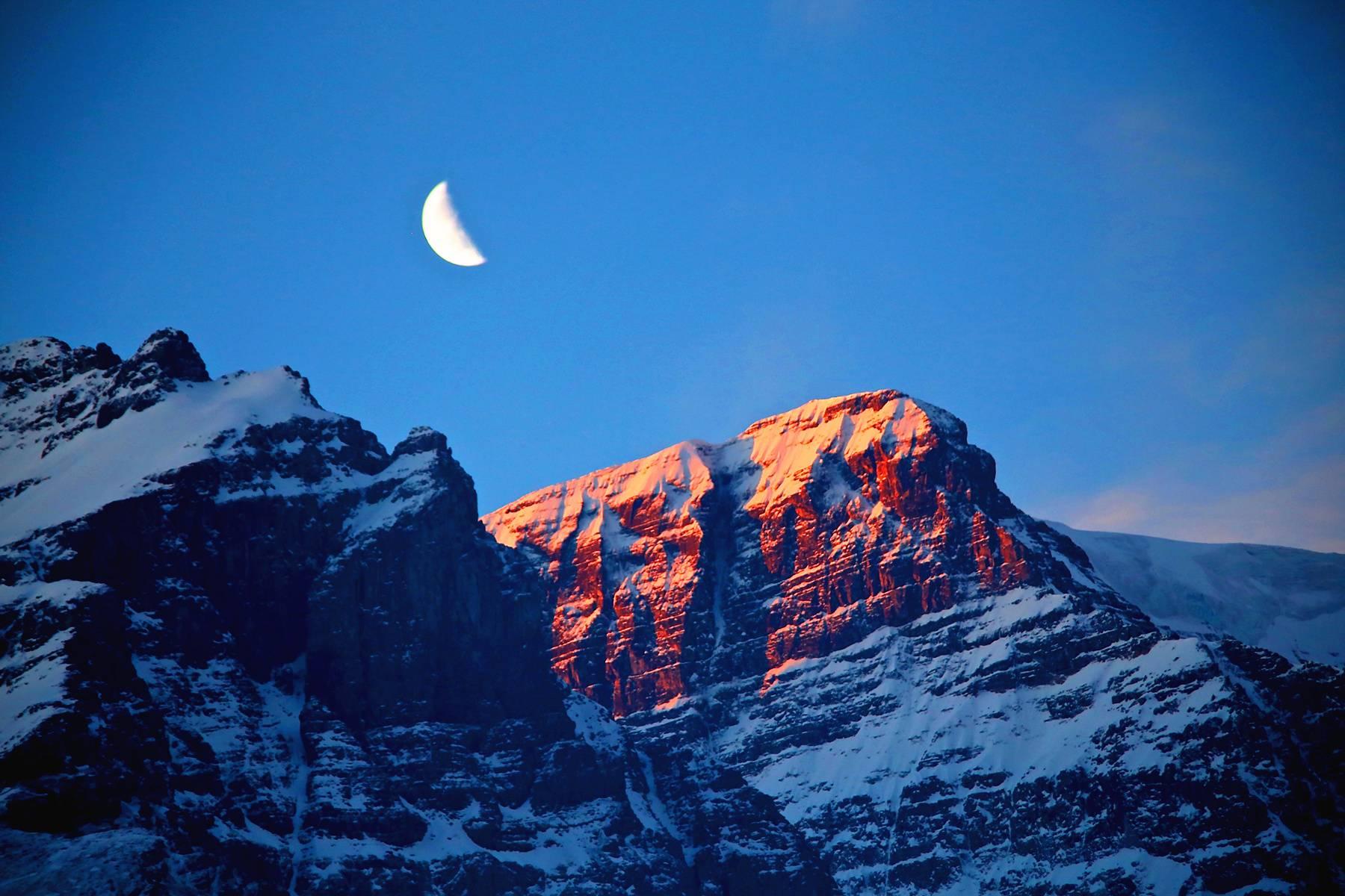 7-Day Canadian Rockies Tour From Calgary W/ Kootenary National Park