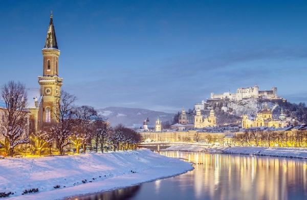 4-Day Salzburg City Break w/ Innsbruck + Swarovski Crystal Worlds