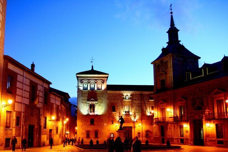 Madrid Night Tour and Cafe Chinitas Flamenco Show