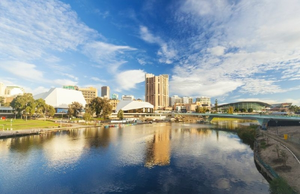 Grand Adelaide Sightseeing Tour