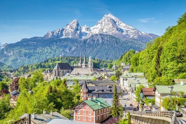 Eagle's Nest, Salt Mines and Bavarian Alps Day Trip