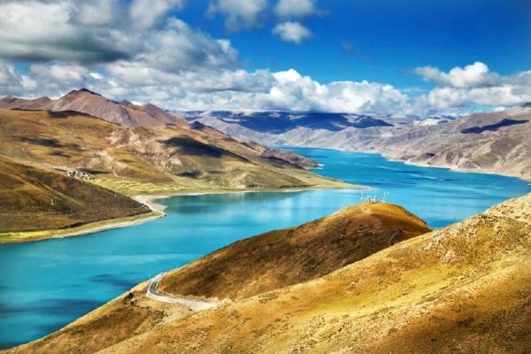 5-Day Lhasa Tour W/ Yamdrok Lake