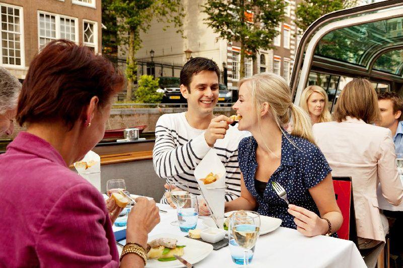 Deluxe Amsterdam Dinner Cruise