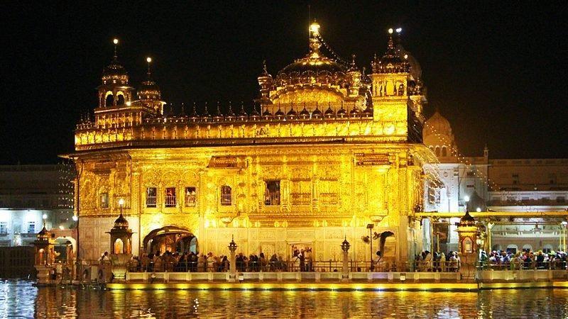 12-Day Foothills & Faiths of India Tour