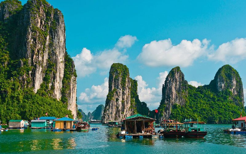 10-Day North to South Vietnam Tour Package: Halong Bay + Mekong Delta