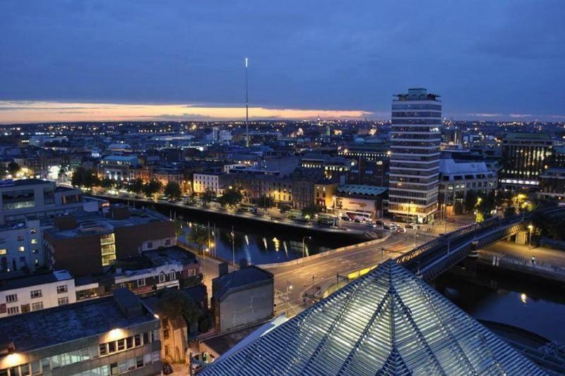 1-Hour Dublin Night Tour by Bus