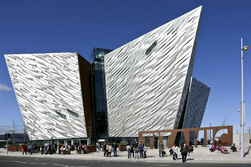 Belfast Day Trip from Dublin: Titanic Experience + Black Taxi Political Tour