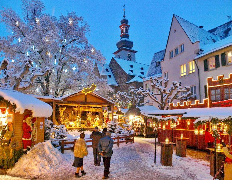 Rudesheim Christmas Market Tour from Frankfurt with Dinner