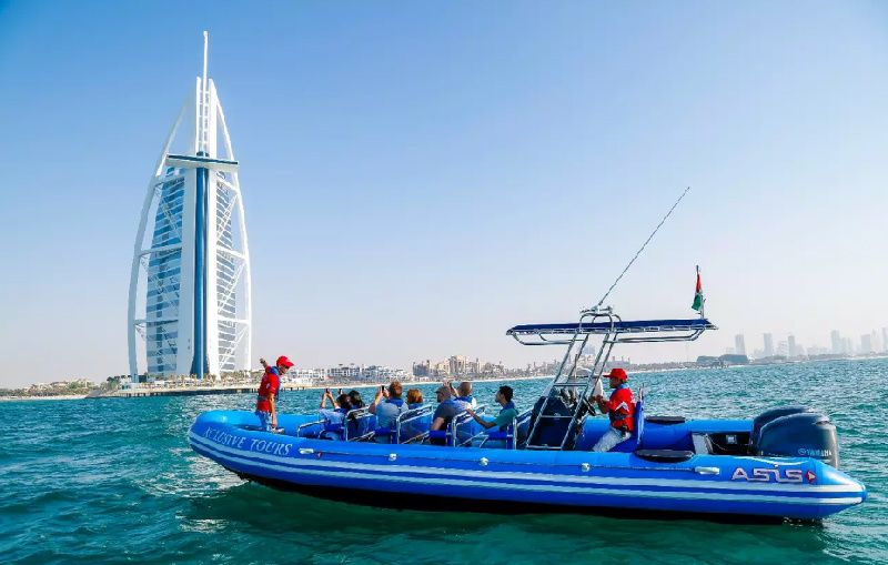 Dubai Palm Jumeirah and Palm Lagoon Boat Cruise